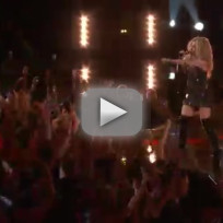 Adam-levine-blake-shelton-usher-and-shakira-with-a-little-help-f