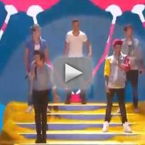 One Direction Teen Choice Awards Performance