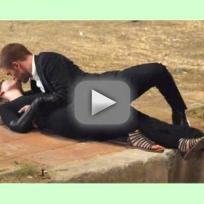 Robert Pattinson and Mia Wasikowska Makeout Alert!