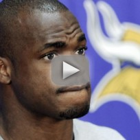 Adrian-peterson-son-in-critical-condition