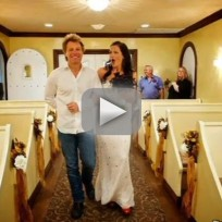 Bon-jovi-walks-bride-down-the-aisle