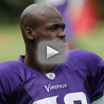 Adrian-peterson-plays-two-days-after-sons-death