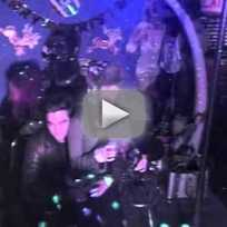 Robert Pattinson, Katy Perry Sing Karaoke