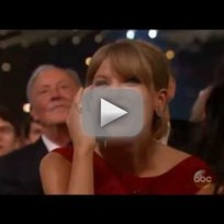 Taylor Swift Wins Pinnacle Award