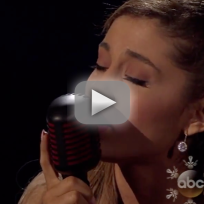 "Ariana Grande - ""Tattooed Heart"" (American Music Awards)"