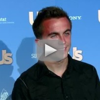 Frankie muniz suffers stroke
