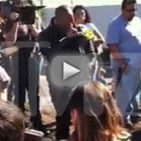 Tyrese-breaks-down-at-paul-walker-crash-site