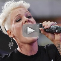 Pink scoffs at gaga miley