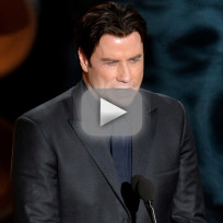 John-travolta-destroys-name-of-idina-menzel