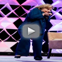 Hillary clinton avoids thrown shoe