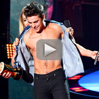 Zac efron shirtless at mtv movie awards