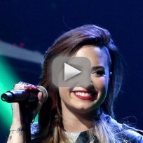 Demi-lovato-responds-to-fatty-tweet