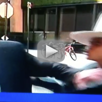 Erykah Badu Tries to Kiss Reporter