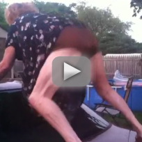 Random People Twerking: Watch Them Shake It!