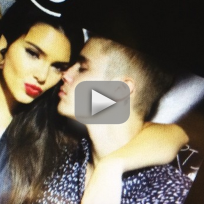 Justin-bieber-and-kendall-jenner-pda-in-spain