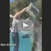 Ben-affleck-accepts-ice-bucket-challenge