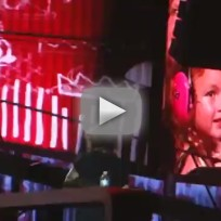 Harry-styles-holds-toddler-serenades-birthday-girl
