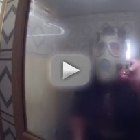 Father-pranks-son-in-shower