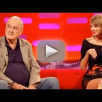 John cleese insults taylor swifts cat