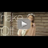 Young girl covers shake it off