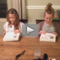 Sisters react in best way ever to moms pregnancy annoucement