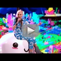 Gwen stefani and pharrell spark the fire