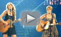 Taylor Swift and Shawn Colvin on Stage
