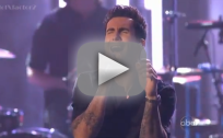 Maroon 5 & Christina Aguilera - Moves Like Jagger (American Music Awards)