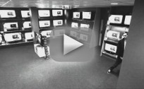 Smart Thief Stealing LG TV