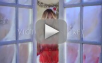Victoria's Secret Models Sing Deck the Halls