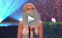 Kristin Chenoweth Mocks Anthony Weiner