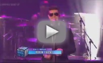 Robin Thicke New Year's Eve Performance