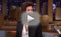 Kristen Wiig Impersonates Harry Styles