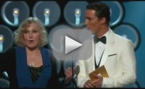 Kim Novak Presents at Academy Awards