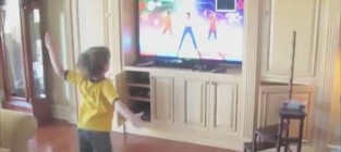 Britney spears son dancing