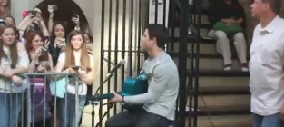 Nick jonas covers what makes you beautiful