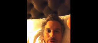 Jason Trawick to Britney Spears: Come to Bed!