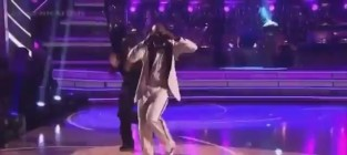 Emmitt smith dancing with the stars semifinals espionage lindy h