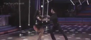 Aly raisman dancing with the stars week 6