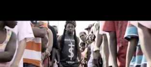 "Lil Wayne ""God Bless Amerika"" Video: No Flag Trampling Here!"