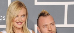 Malin akerman husband split