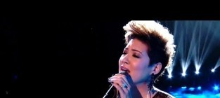 Tessanne chin bridge over troubled water the voice