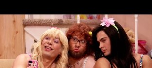 Seth rogen and zac efron go drag on the tonight show