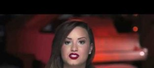 Demi lovato pushes for marriage equality