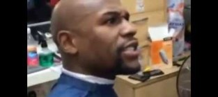 Floyd Mayweather: YOU DON'T KNOW WHO I AM?!