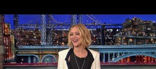 Jennifer lawrence plays host