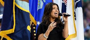 Idina menzel national anthem performance