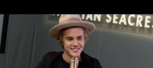 Justin Bieber Previews New Album