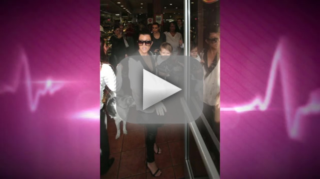 Kourtney Kardashian Curses Off Paparazzi