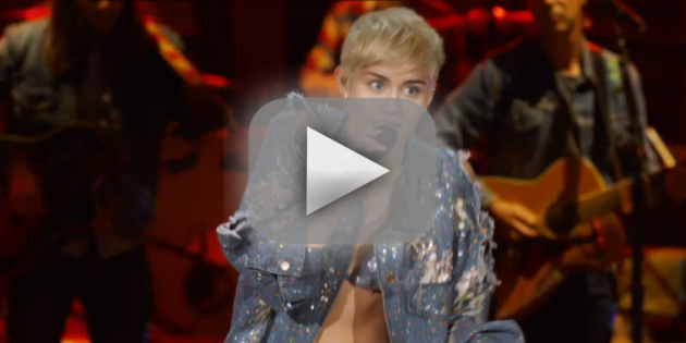 "Miley Cyrus Unplugged: ""Jolene"""